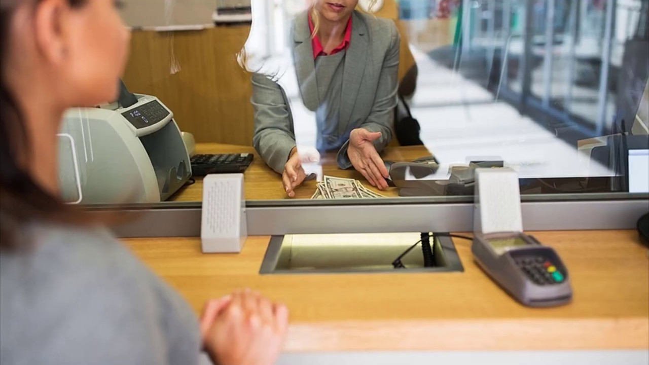 Banka çalışma saatlerine ''emekli ikramiyesi'' düzenlemesi