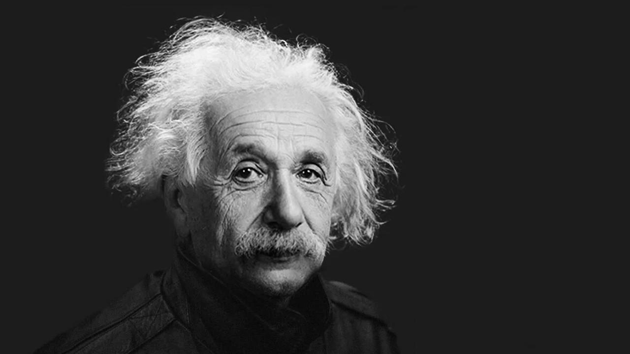 Albert Einstein yapay zekayla geri döndü!