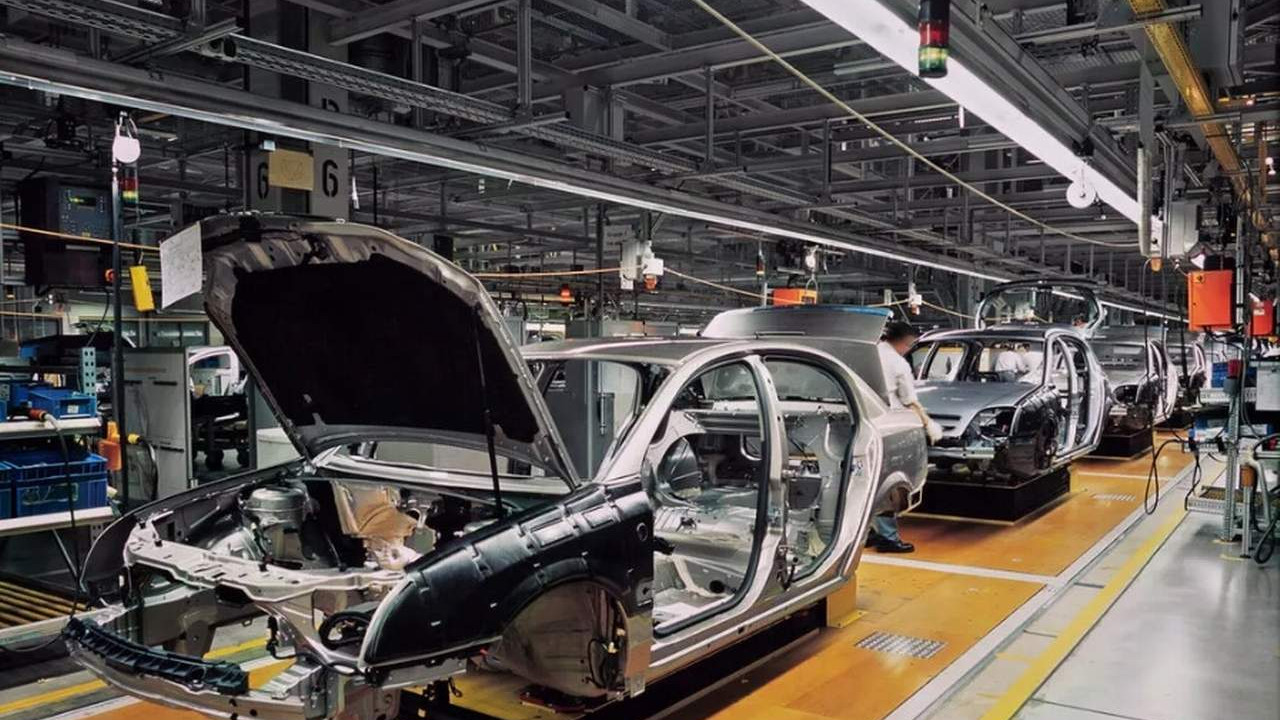 Otomotivdeki çip krizi bir markayı daha etkiledi! Üretim durdu