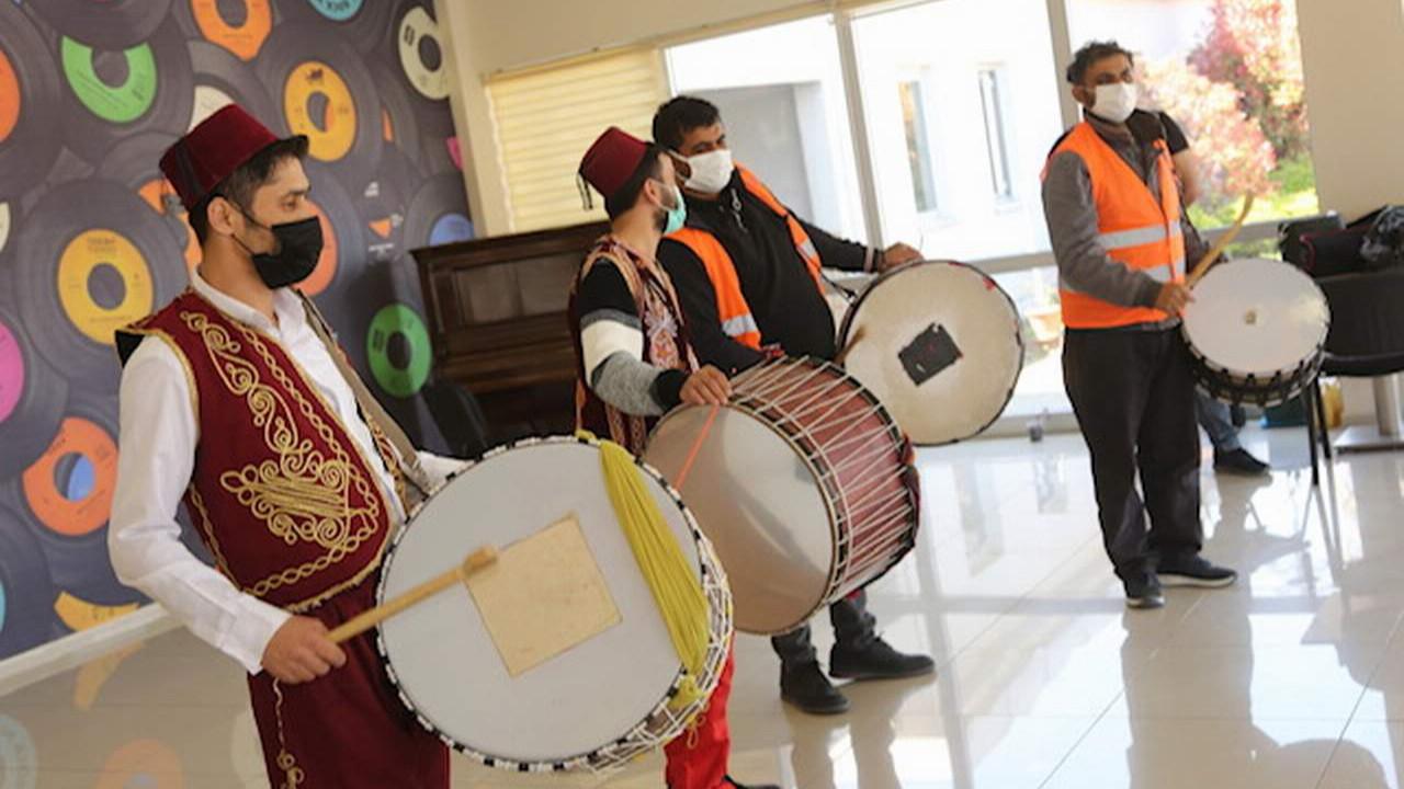 Küçükçekmece'nin Ramazan davulcularına ritim eğitimi