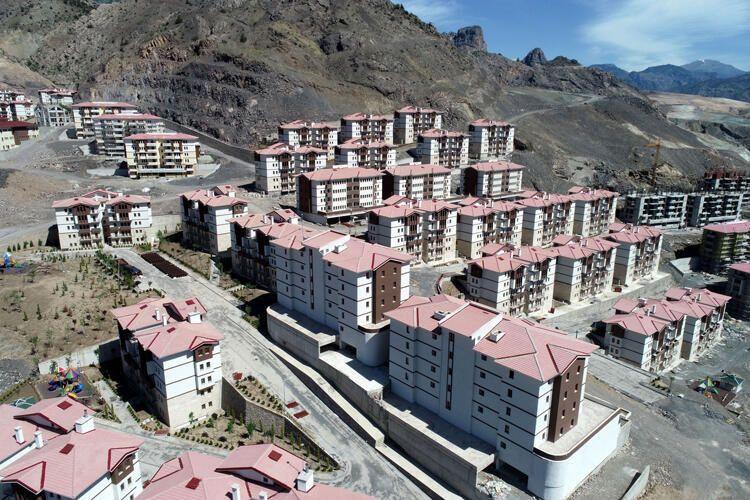 Yusufeli 7'inci kez taşınıyor! Yeni yerleşim yeri böyle görüntülendi - Resim: 1