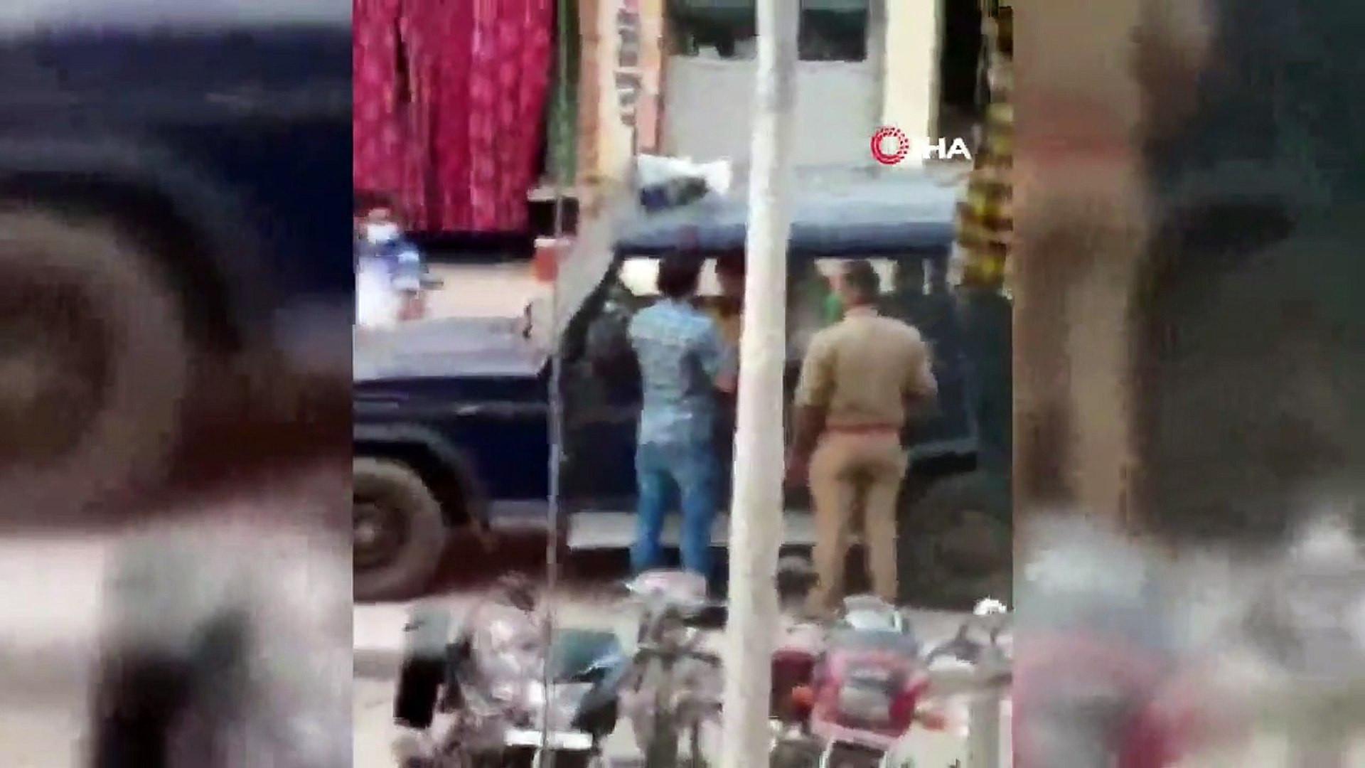 Maske cezası kesen polisten zanlıya tokat kamerada!