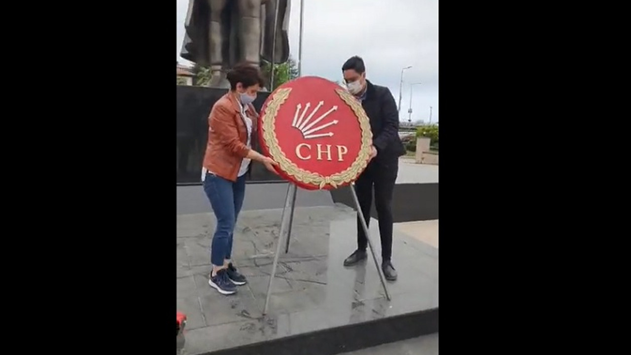 CHP'den çelenkli 23 Nisan protestosu