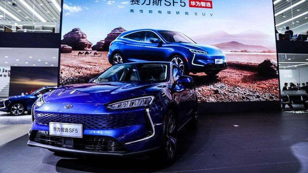 Huawei yollara indi! Akıllı otomobil Huawei Seres SF5 satışa sunuldu - Resim: 4