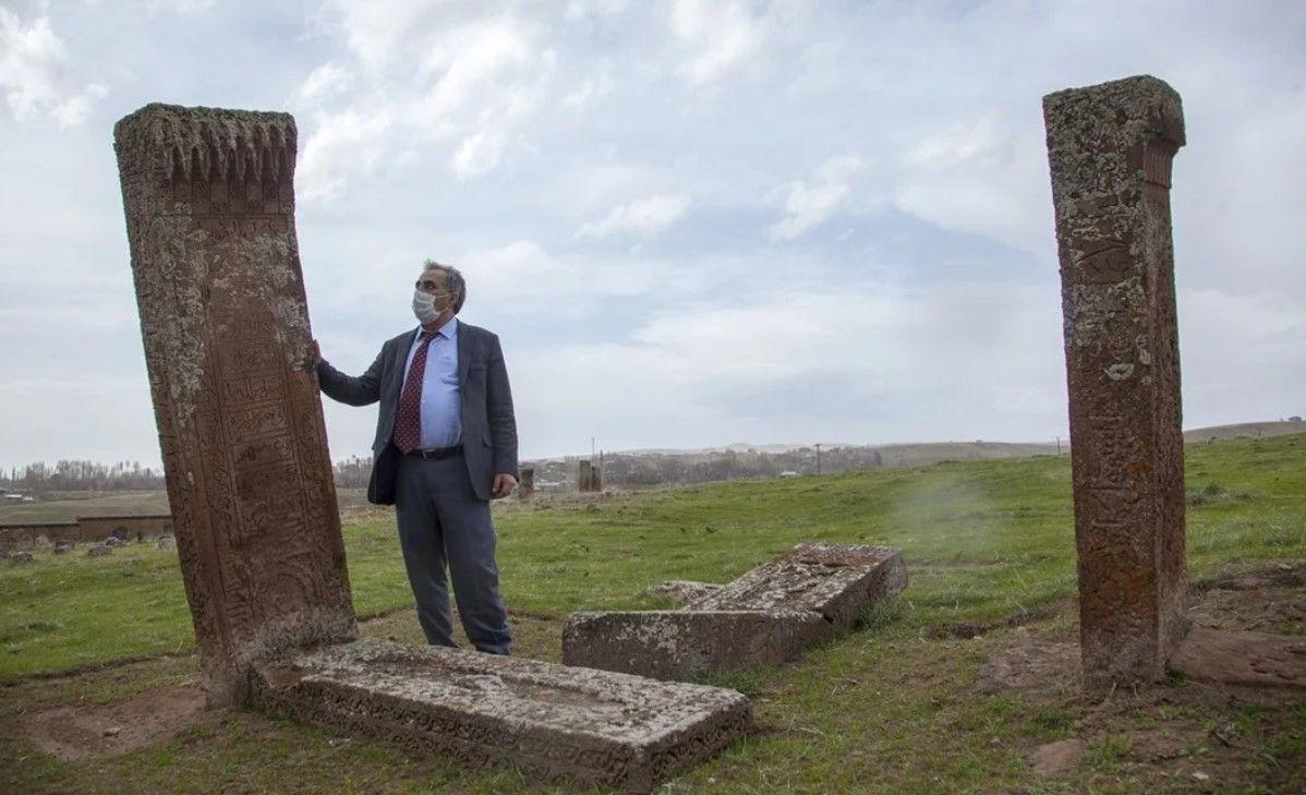 Ahlat Selçuklu mezarlığında karekod uygulaması - Resim: 3