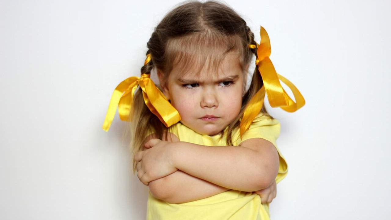 Öfkelenen çocuğa nasıl yaklaşmalıyız ?
