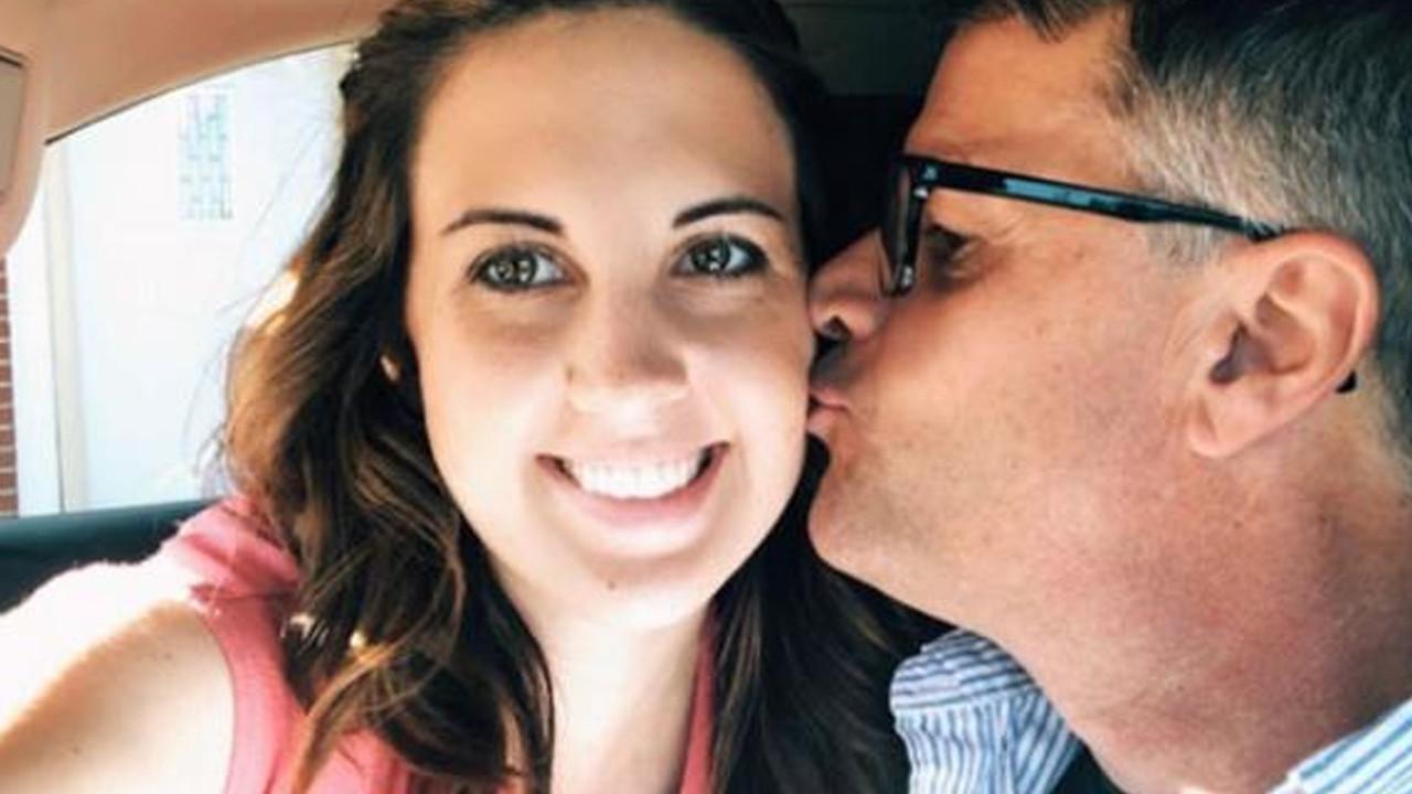 Pes dedirten olay! Erkek arkadaşının babasıyla 6 ay yasak aşk yaşadı