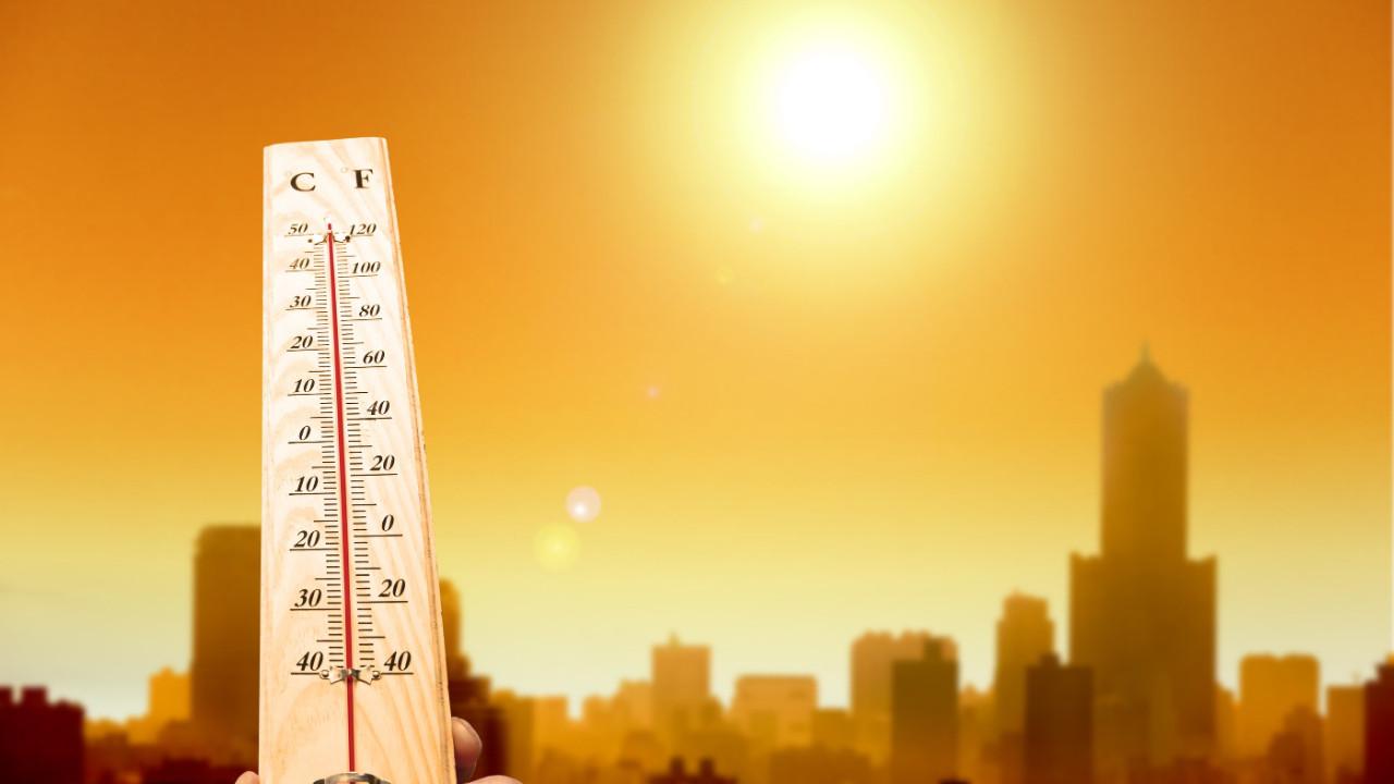 Yazlıkları çıkarın! Sıcaklıklar 30 dereceye çıkacak