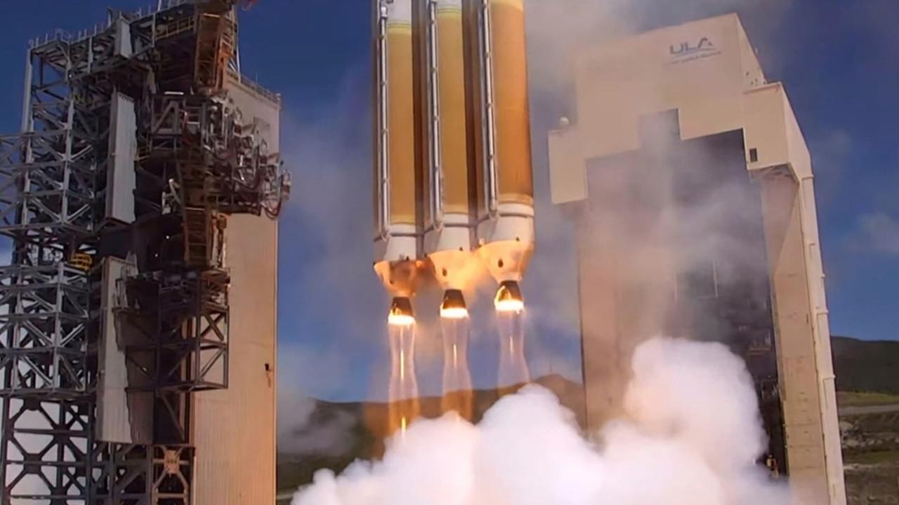 ABD'nin casus uydusu uzaya fırlatıldı