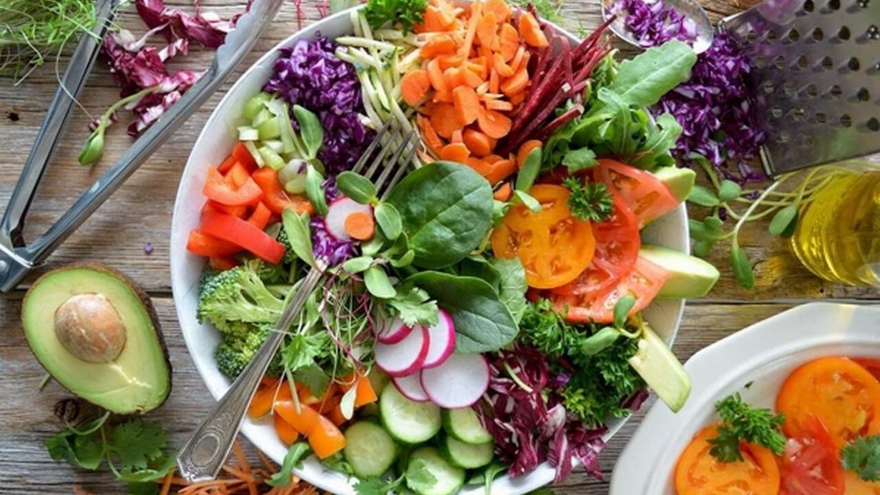 Sağlıklı Kilo Verdiren En İyi Diyet Programları
