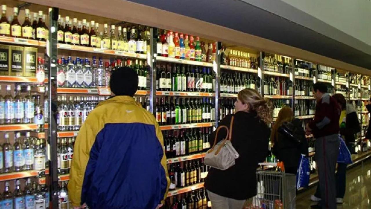 Prof. Erşan Şen: İçki satışı kanun çıkarılmadan yasaklanamaz