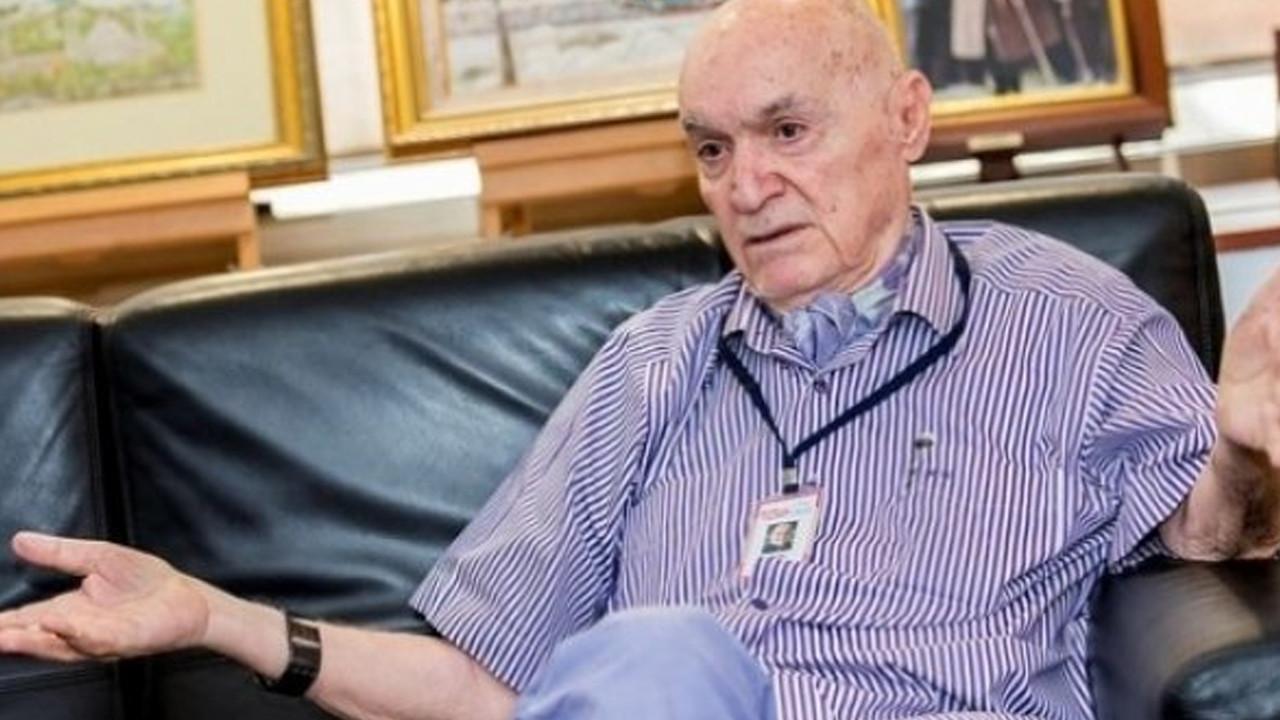 Koronavirüse yakalanan Hıncal Uluç sağlık durumu hakkında bilgi verdi