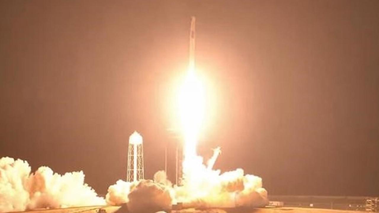 Görev tamam! 4 astronot Dünya'ya döndü