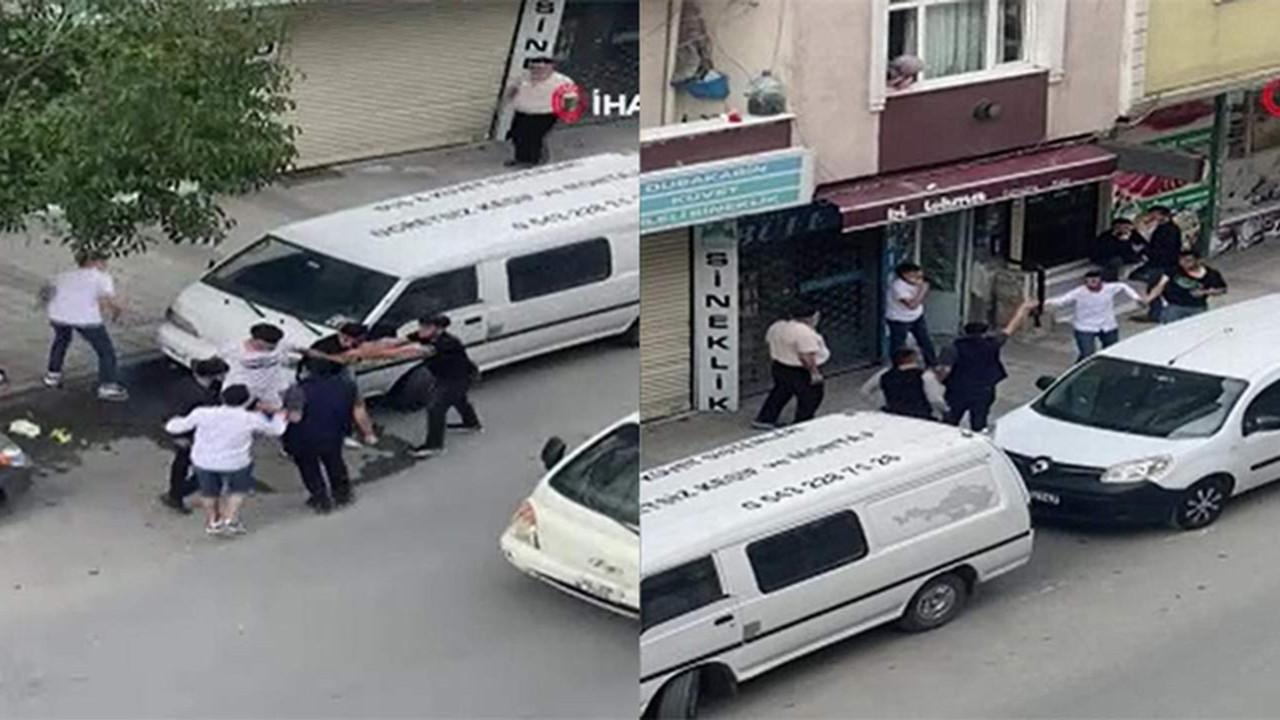 İstanbul'da tam kapanmada sokak savaş alanına döndü!
