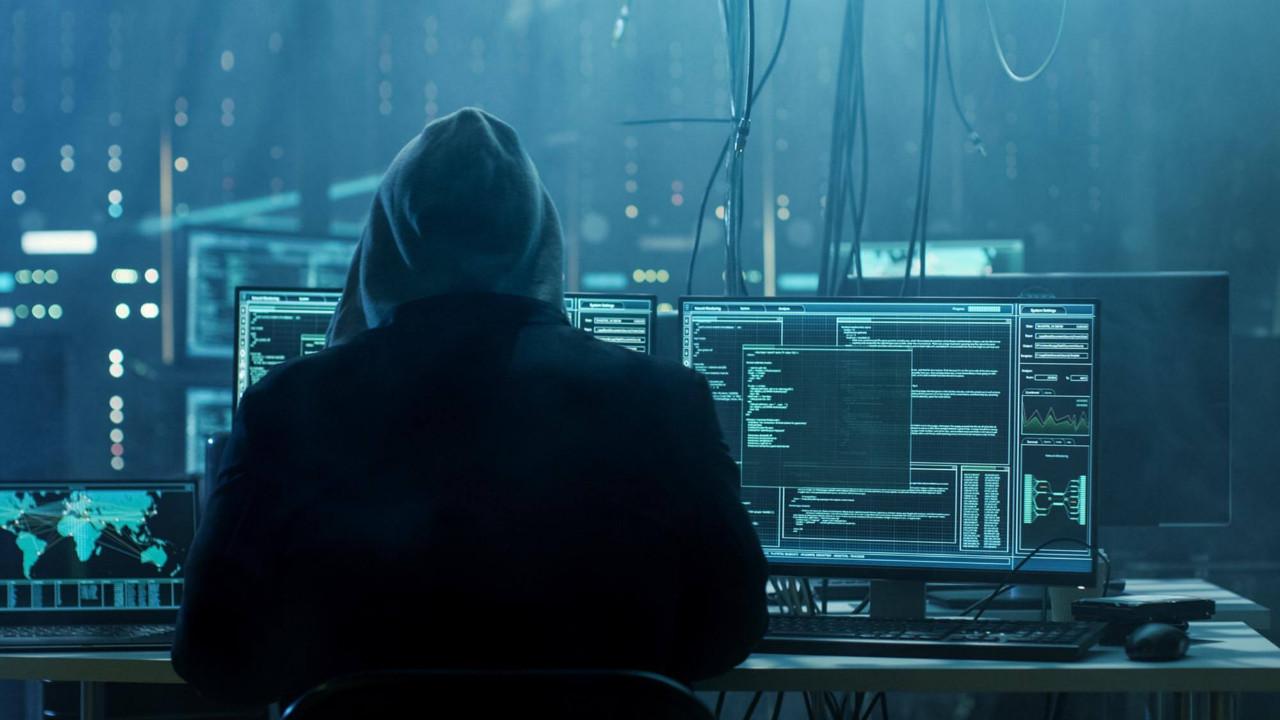 1.5 milyar kişinin bilgileri mi çalındı? Anonymous'tan açıklama geldi
