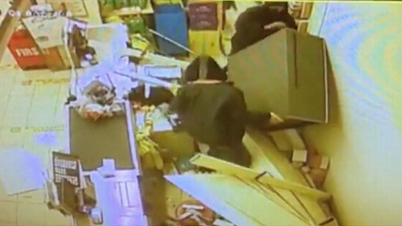 İstanbul'da ''şaşkın hırsızlar'' kamerada!