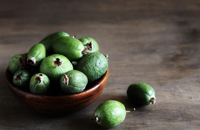 'Feijoa' meyvesi bir ülkeyi ikiye böldü - Resim: 2