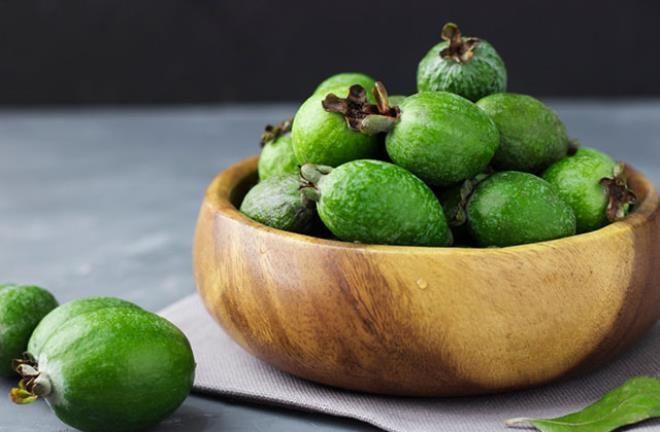 'Feijoa' meyvesi bir ülkeyi ikiye böldü - Resim: 1