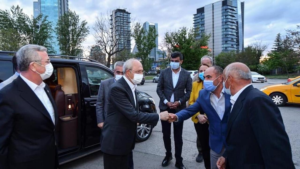 Kılıçdaroğlu ve Mansur Yavaş iftarda taksiciler ile buluştu