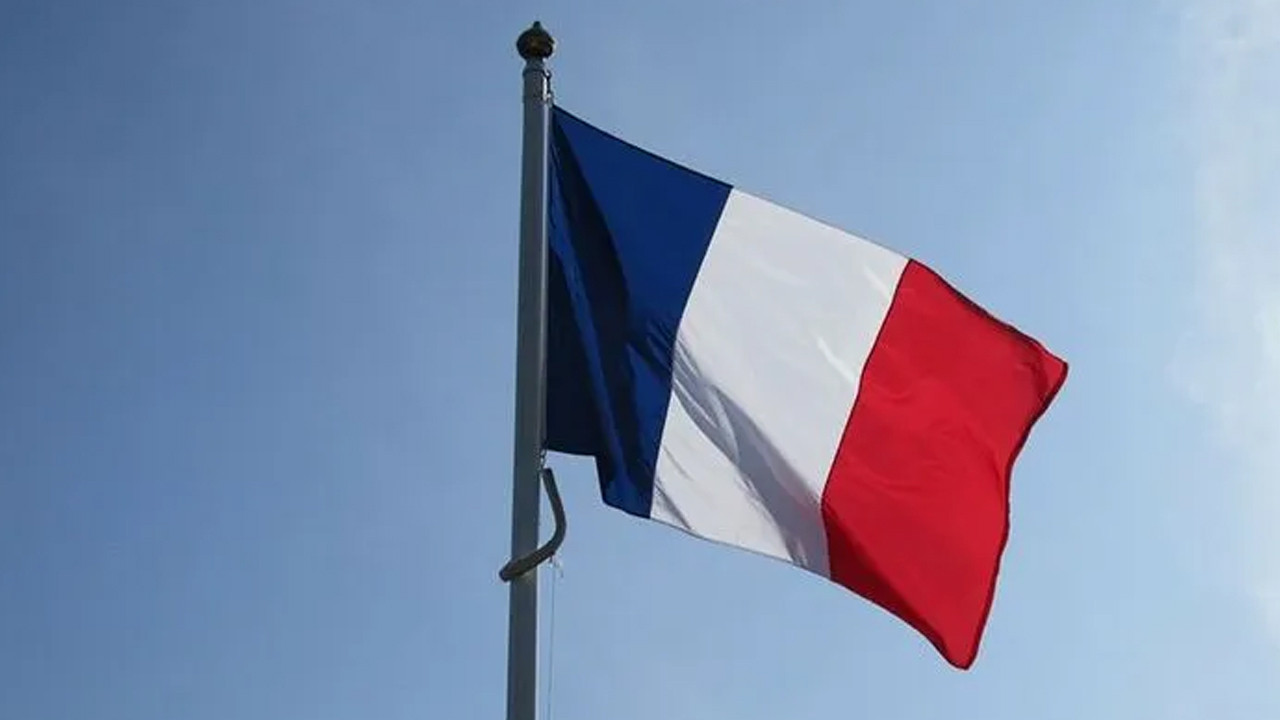 Fransa-Rusya gerilimi tırmanıyor!