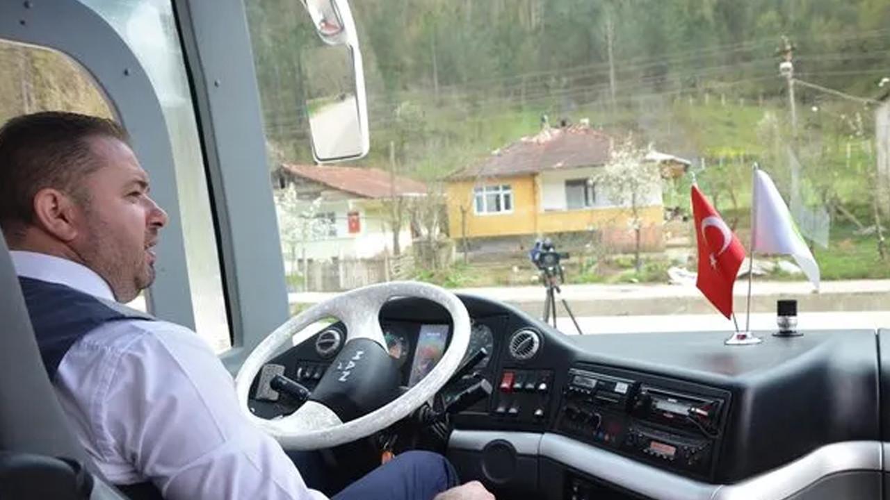 Belediyenin otobüsüne şoför bulunamayınca koltuğa bakın kim geçti?