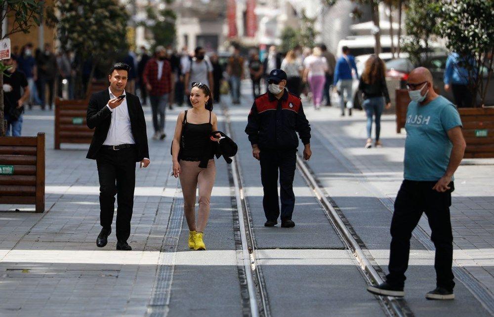 Tam kapanmada Taksim ve Eminönü'ne turist akını - Resim: 1