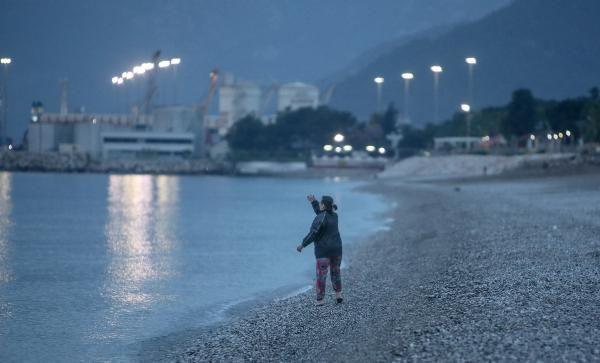 Yer: Antalya... Hıdırellez dilekleri, tam kapanmayı unutturdu - Resim: 1