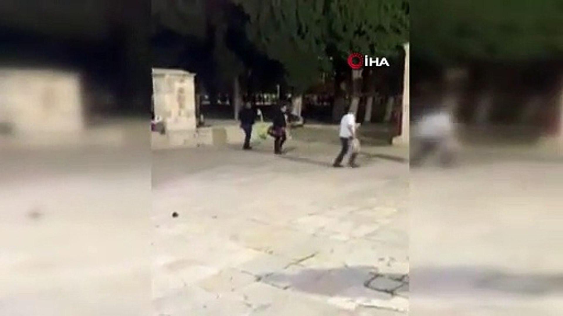 İsrail güçleri, Mescid-i Aksa'ya girerek, ses bombaları ile Filistinlilere saldırdı.