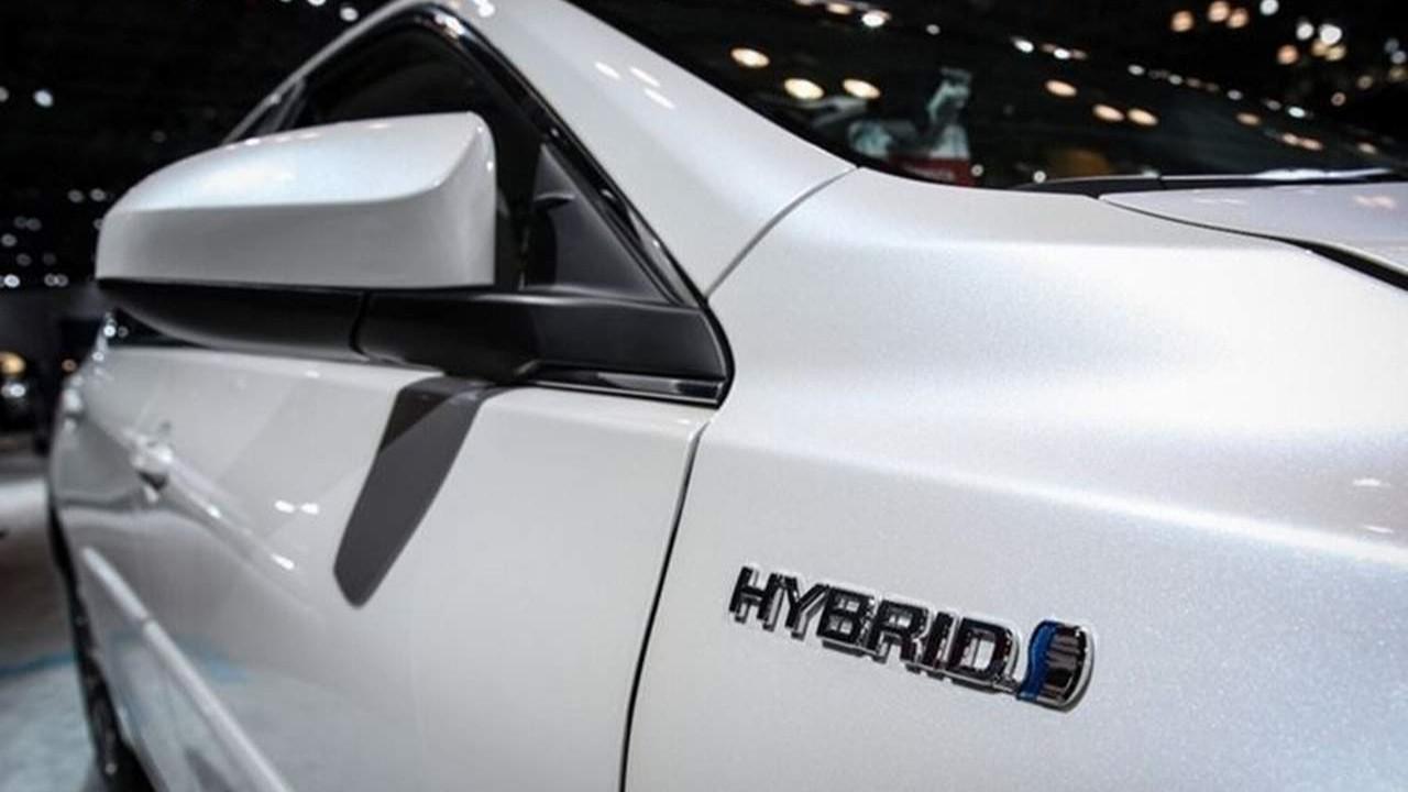 Elektrikli ve hibrit otomobil sahiplerine ''tam kapanma'' uyarısı