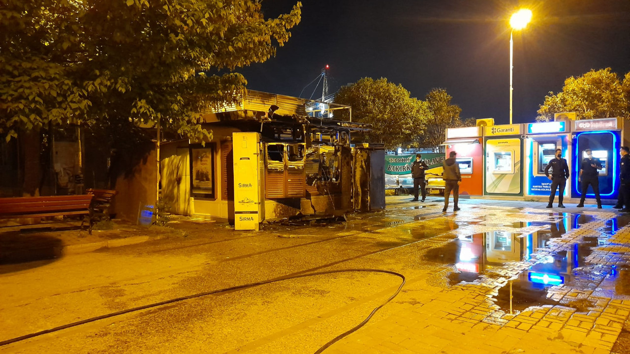 Bakırköy'de Halk Ekmek büfesini yakan kişi gözaltında