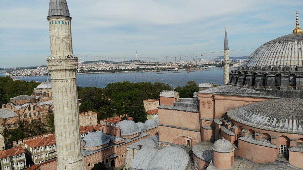 Ayasofya Camii'ne ilk mahya asıldı - Resim: 3