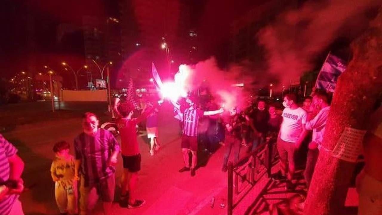 Adana Demirspor Süper Lig'e yükseldi, Adanalılar sokağa döküldü