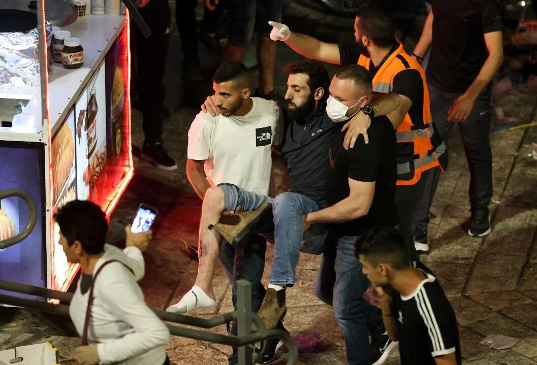 İsrail zulmü dur durak bilmiyor! Kadir Gecesi'nde yine saldırdılar - Resim: 2