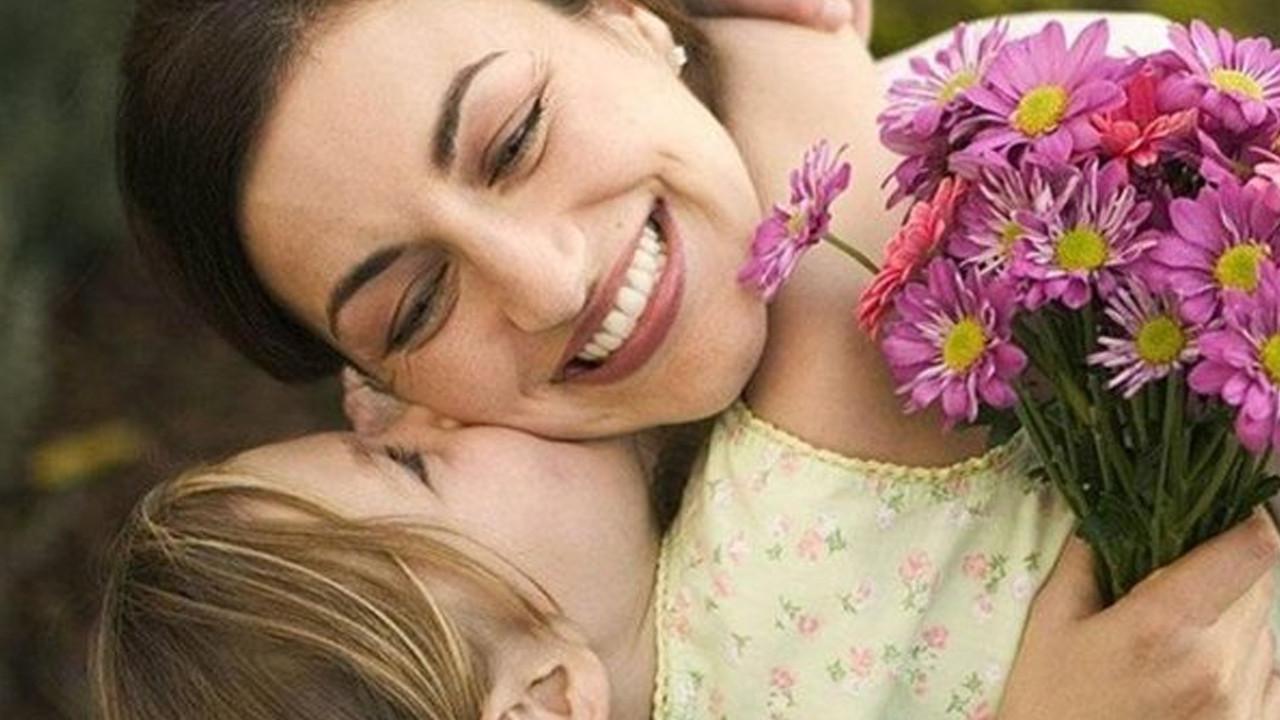 Bugün Anneler Günü! En güzel Anneler Günü mesajları
