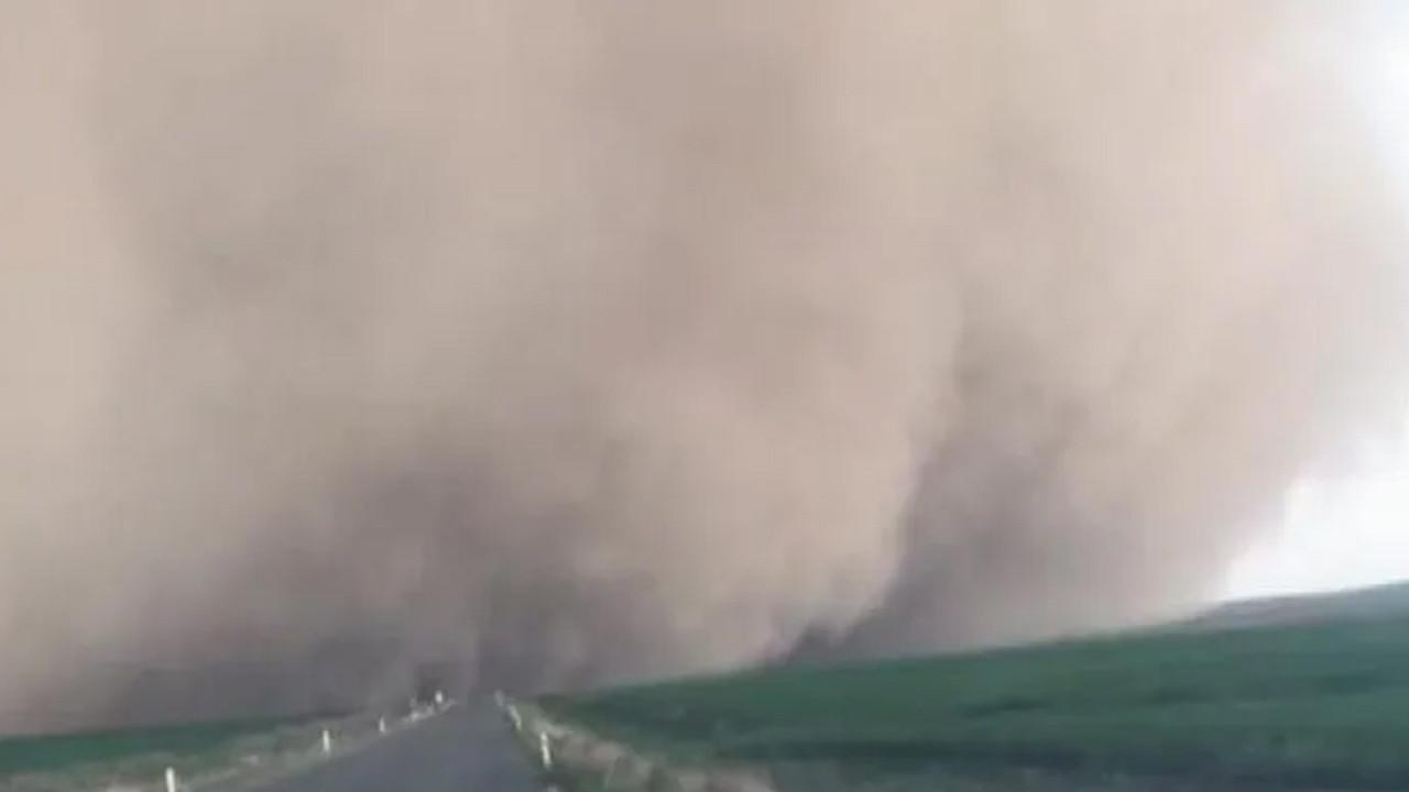 Konya'da kum fırtınası paniği!