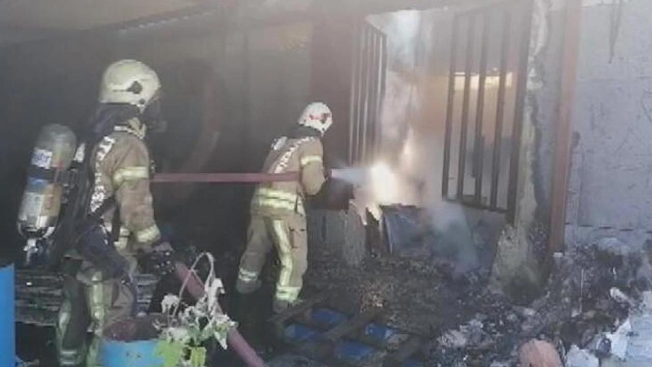 İstanbul'da kömür fabrikasında yangın paniği