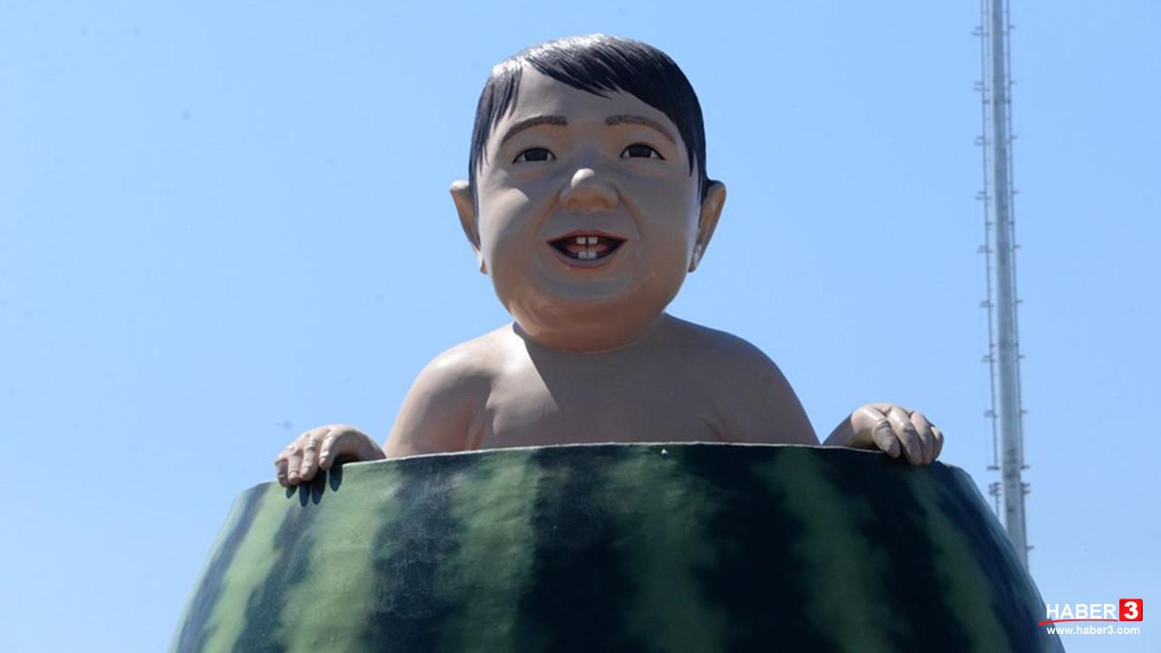 Diyarbakır'ın karpuz heykeli olay oldu