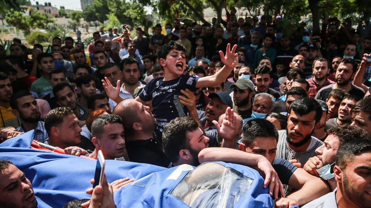 Filistinli çocuğun babasına vedası yürekleri yaktı