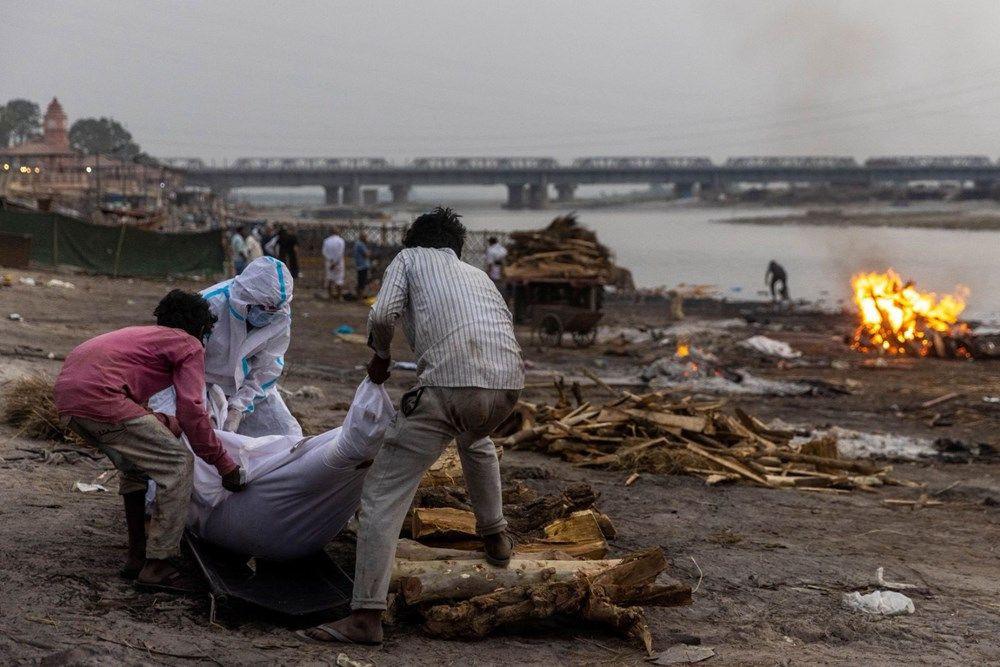 Ganj Nehri'nde korkunç görüntü: 71 kişinin cesedi kıyıya vurdu - Resim: 2