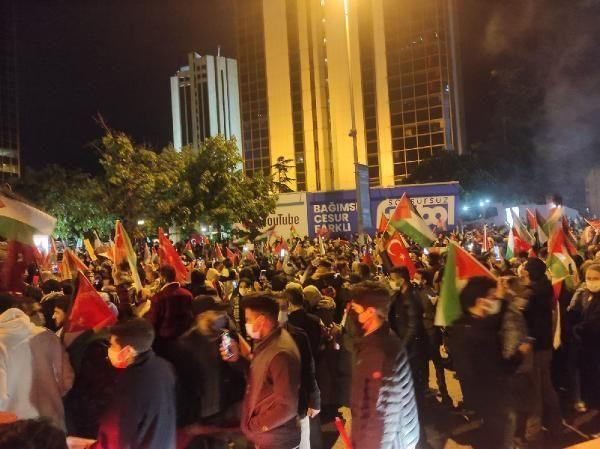 İsrail'e öfke yasak tanımadı! Binlerce kişi Filistin için sokaktaydı! - Resim: 1