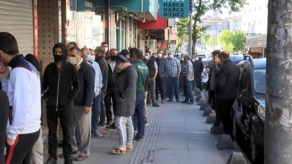 Bu görüntüler İstanbul'dan... Ucuz baklava koronavirüsü unutturdu - Resim: 3