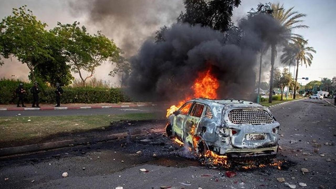 İsrail'in Gazze'ye saldırmaya devam ediyor: Can kaybı 48'e yükseldi