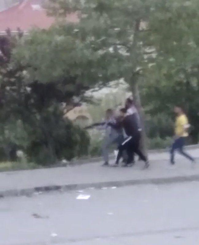 Sokak ortasında mermiler konuştu! - Resim: 4