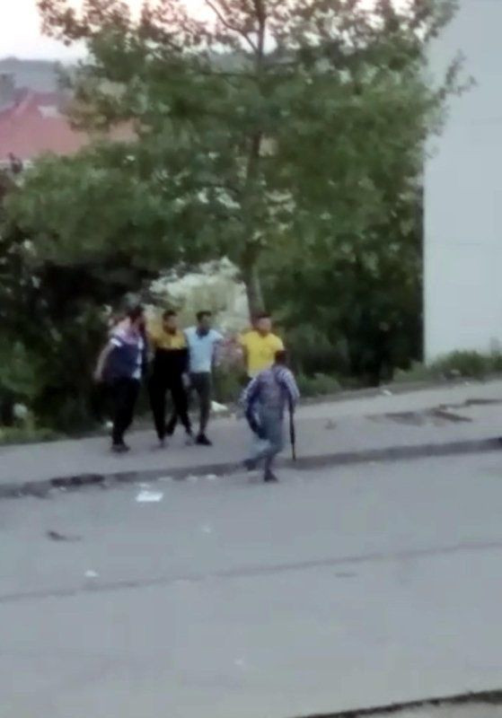 Sokak ortasında mermiler konuştu! - Resim: 1