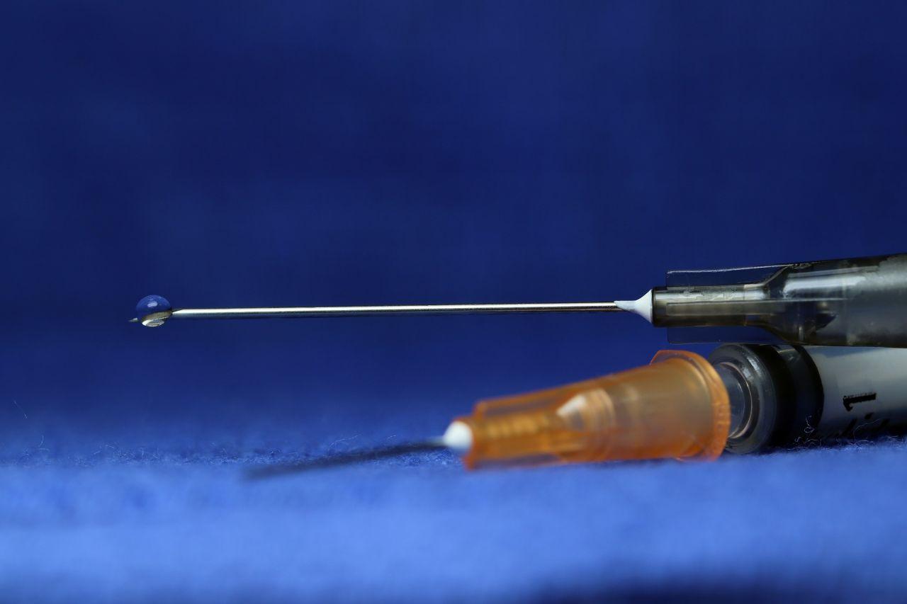 Koronavirüse karşı ''karışık aşı'' deneyinin sonuçları açıklandı - Resim: 1