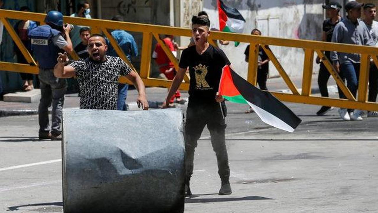 İsrail Gazze'de aralarında hamile kadının da olduğu 6 kişilik aileyi katletti