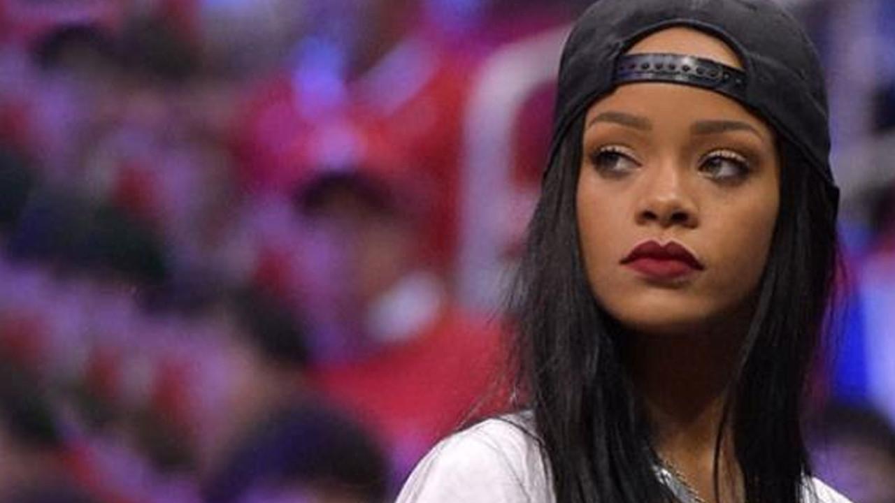 Rihanna'dan çocukların öldüğü savaşa tepki