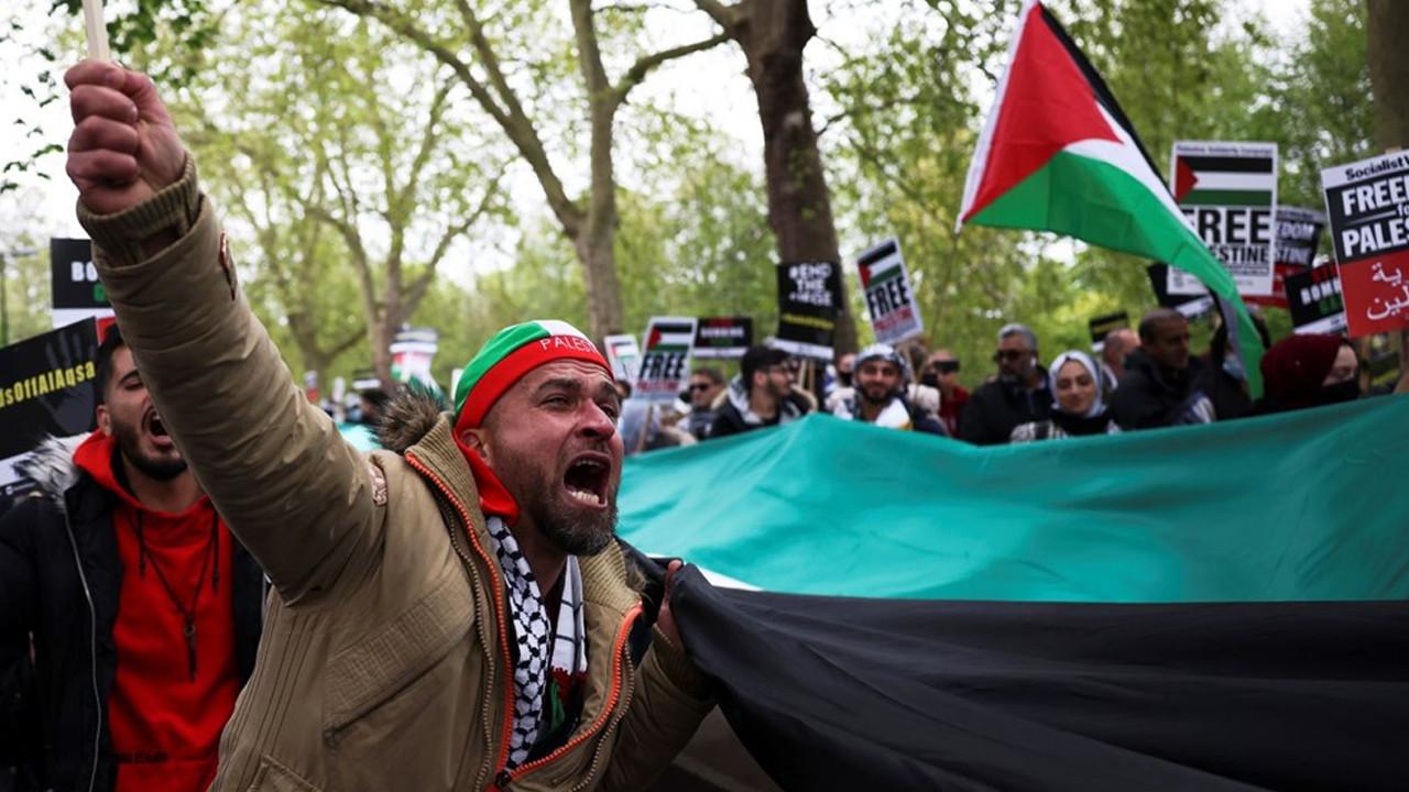 İngiltere'de İsrail protestosu: Yüzlerce kişi sokaklara döküldü
