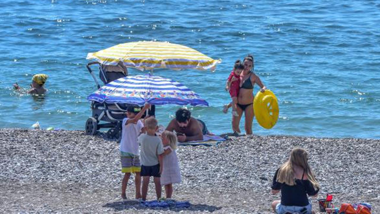 Tatil cenneti Antalya'da bugün...