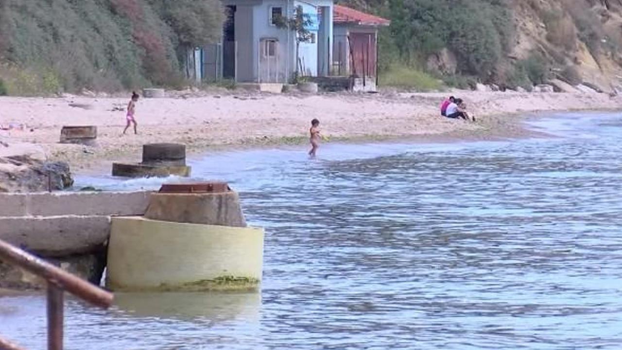 Silivri'de isyan ettiren manzara: ''Denize girenler hasta oldu''